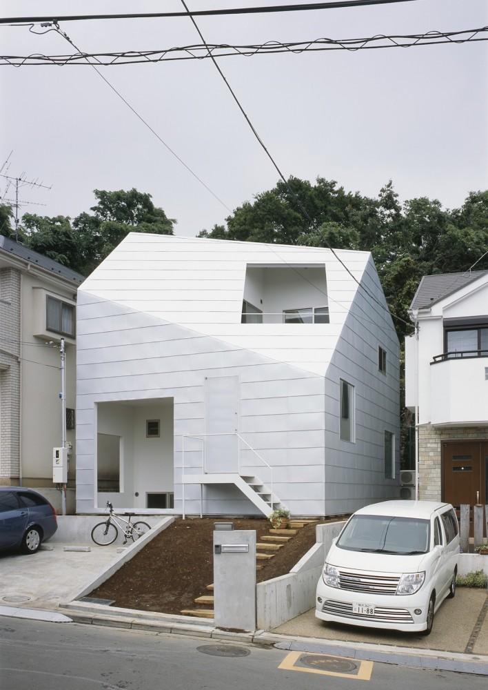 Casa con jardines tetsuo kondo arquitectura y dise o - Arquitectura y diseno de casas ...