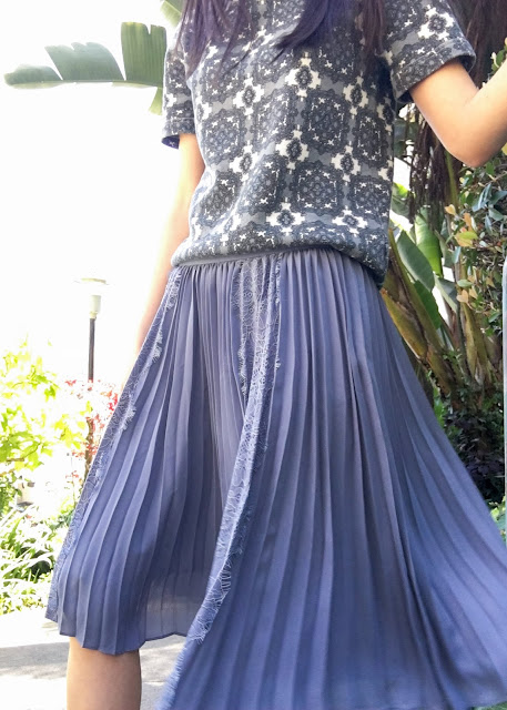 Banana Republic Lace Pleat Skirt