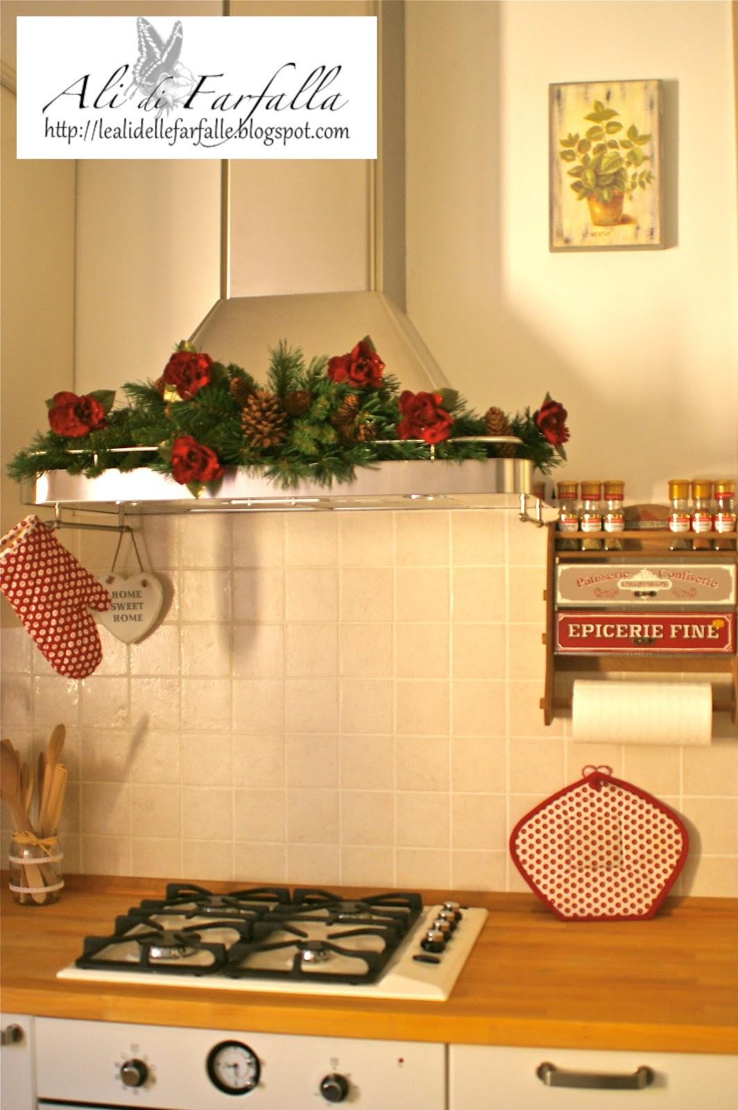Ali di farfalla il frutto di mani e cuore cucina - Addobbi natalizi per cucina ...