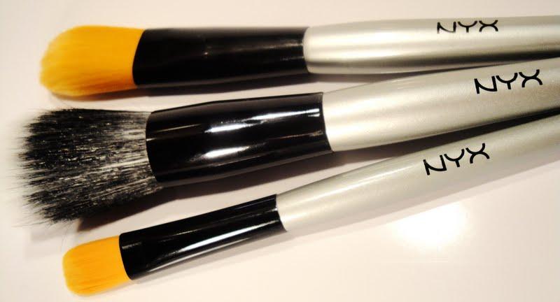 Imagini pentru pensule nyx cosmetics