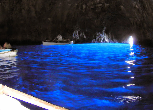 Blue-Grotto-Capri