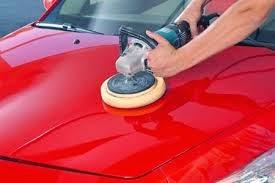 Saiba diferenças entre enceramento e polimento do carro