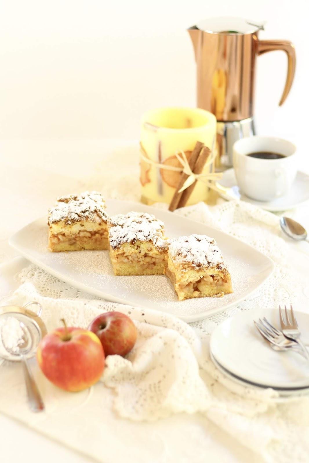 Apfel-Baiser-Streuselkuchen