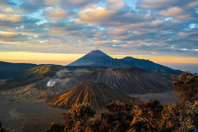 foto pemandangan view point gunung bromo