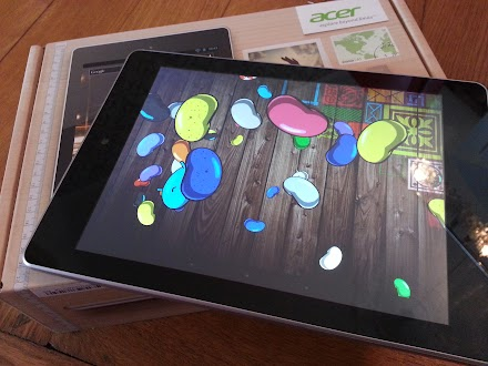 Kleines Acer Android Tablet Iconia A1 810 Update