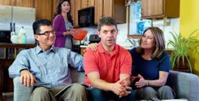 5 Tanda Suami Tak Menyukai Keluarga Istri