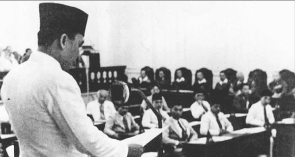 Sejarah Organisasi Pergerakan Nasional pada Masa Pendudukan Jepang+Perjuangan Terbuka+Perjuangan Bawah Tanah+Jawa Hokokai+Perjuangan Bersenjata Melawan Jepang