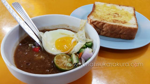 Breakfast Kacang Pool Haji @ Arked Bomba Larkin