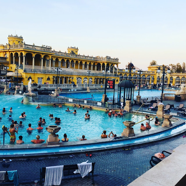 Things to do in budapest - baths