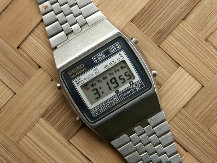 Di awal masa maraknya pengembangan teknologi jam dengan mesin quartz dan  digital fcce1a5a97