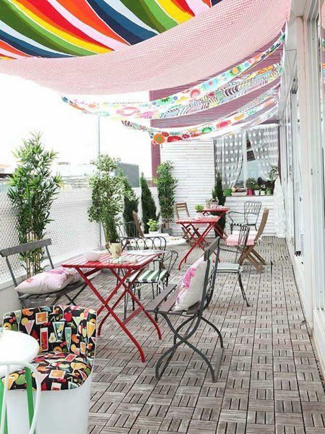 4 toldos originales (y low cost) para tu terraza o balcón. Velas de sombreo de colores