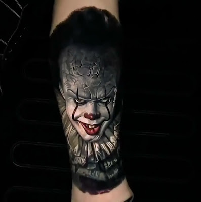 Tatuaje del payaso IT (2017)