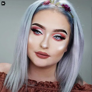 Tendencias de maquillaje para chicas en Instagram - Iluminador o highlighter para rostro