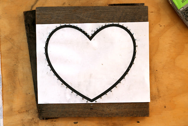 DIY Heart String Nail Art Tutorial - How to Make String Art on Recycled Pallet Wood Boards - Free Heart Template