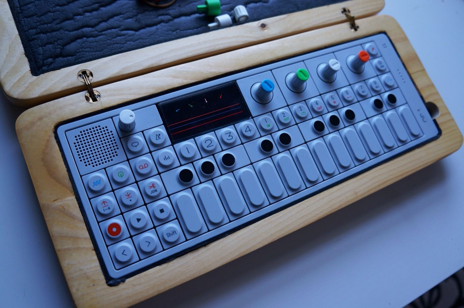 matrixsynth teenage engineering op 1 digital synthesizer sampler w wooden case. Black Bedroom Furniture Sets. Home Design Ideas