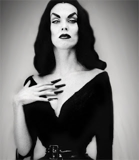 Vampira, Horror Hostess costumes