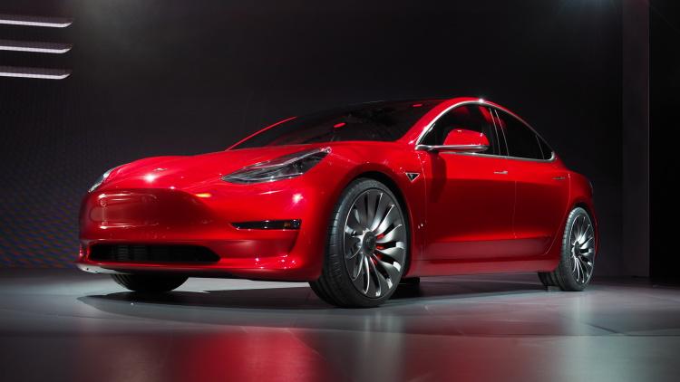 Khá nhiều người nghi ngờ sự thành công của Tesla Model 3