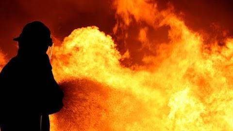 Eloltották a tüzet a nyíregyházi panelházban