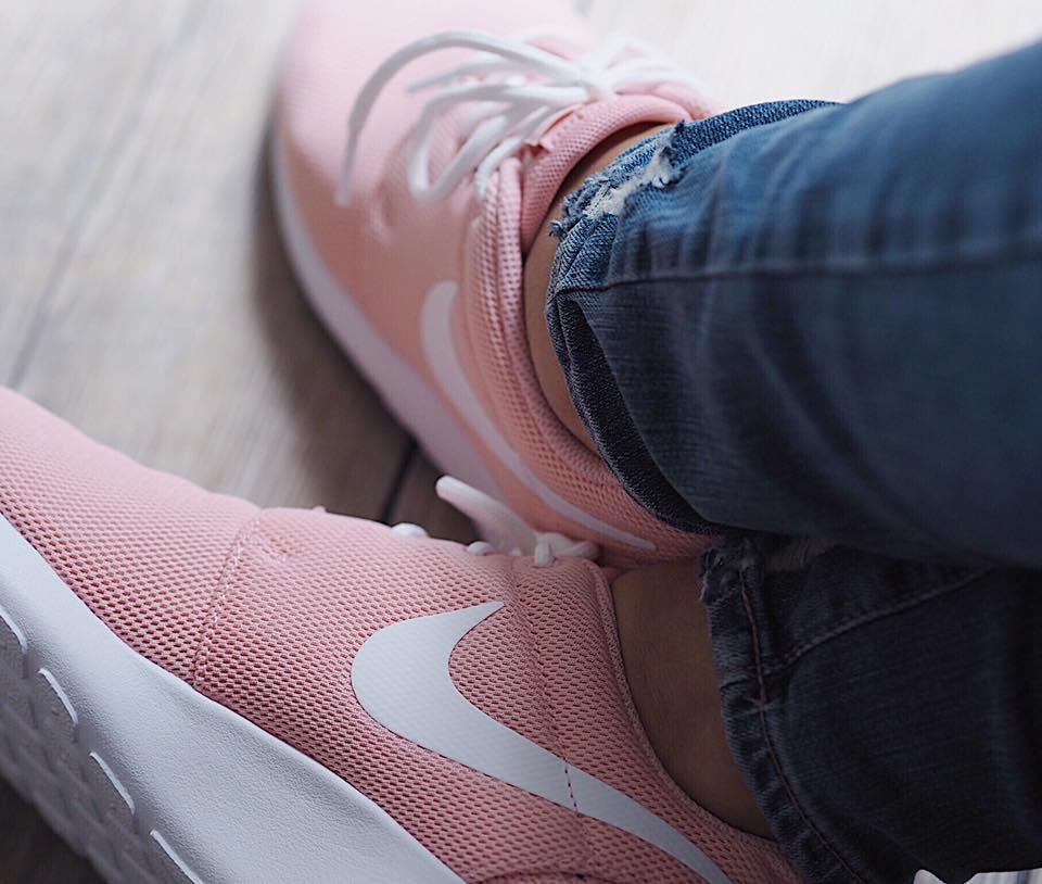 Nike Roshe Run - Pink
