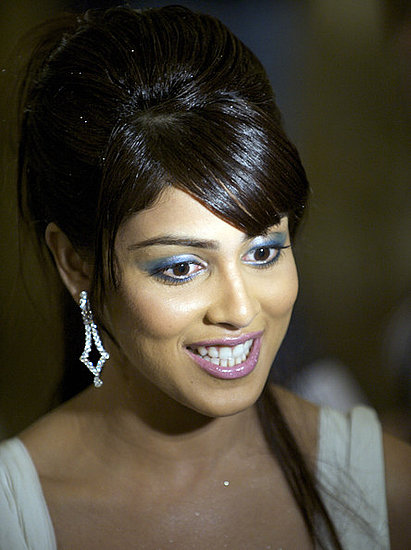 Latest Updates: Genelia D'Souza Without Makeup Wallpapers, images, pictures, wall, biography ...