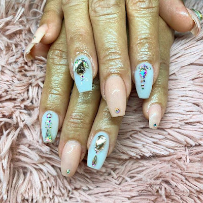 If you love your nails to have lots of sparkles 29+ Stunning Glitzy Coffin Acrylic Nails In Style 2019 To Copy