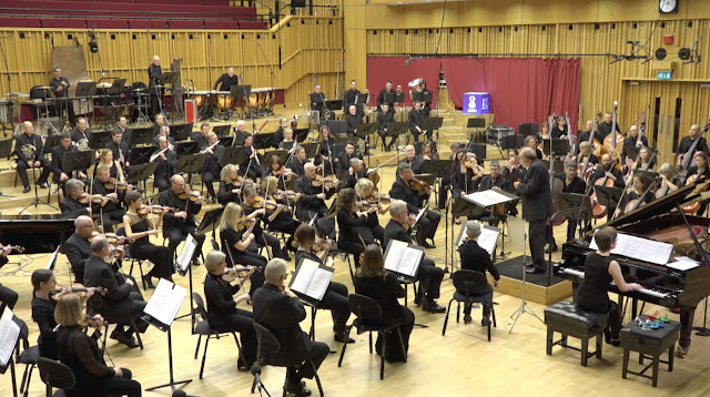 Clare Hammond, Martyn Brabbins, BBC National Orchestra of Wales
