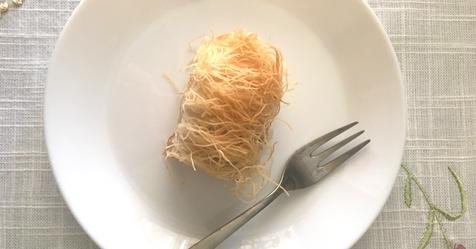 Παραδοσιακό, ζουμερό κανταΐφι με καρύδια