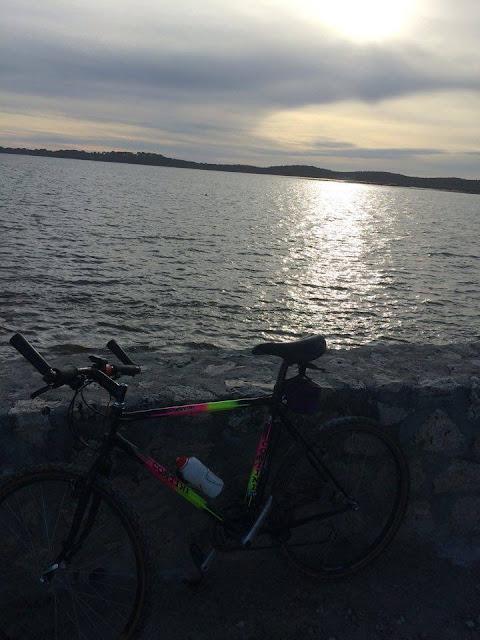 Foto de bici por la bahía de Arcachón | caravaneros.com