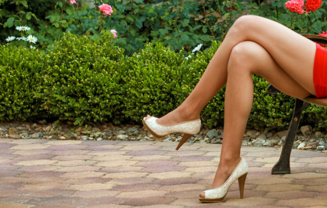 Belle gambe femminili senza cellulite