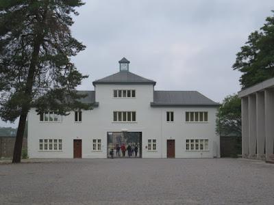 מבנה הכניסה למחנה זקסנהאוזן
