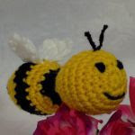http://www.craftsy.com/pattern/crocheting/toy/buzzy-bee/210189?rceId=1467142073729~sh4xurjf