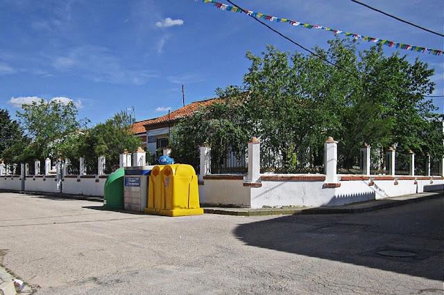 Colegio Los Almendros. Calle La Paz 2015. Foto particular.