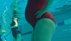 The Benefits of Swimming for Pregnant Women