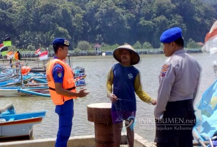 Demi Keselamatan, Nelayan di Kebumen Diimbau Kenakan Pelampung Saat Melaut