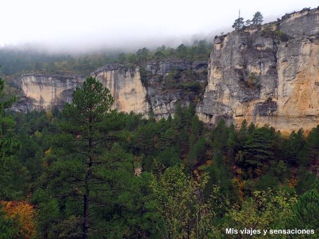 La Hoz de Beteta, un paseo entre acantilados, bosques y cuevas
