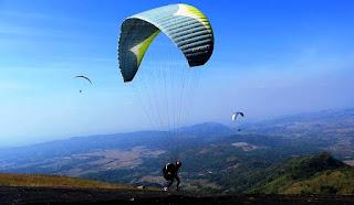 Hore ! Bakal Ada Destinasi Paralayang di Malimbu
