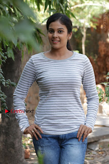 Tamil Actress Chandini Tamilarasan Latest Pos in Ripped Jeansat Ennodu Vilayadu Press Meet  0028.jpg