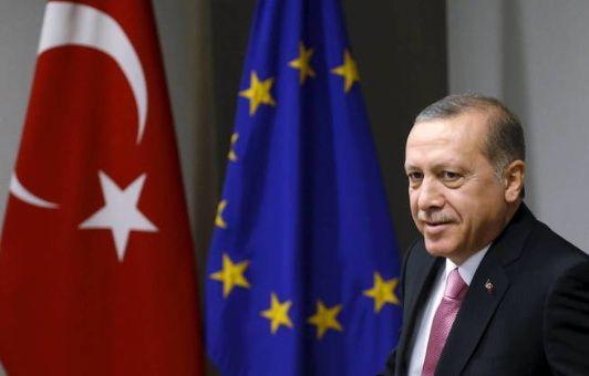"""Erdogan afirma que """"Turquía ya no necesita a la Unión Europea"""""""