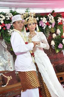 pernikahan dengan adat sunda siger