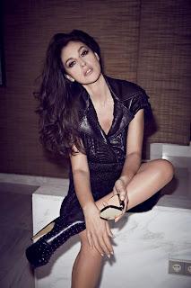 Monica Bellucci Sexy Posing