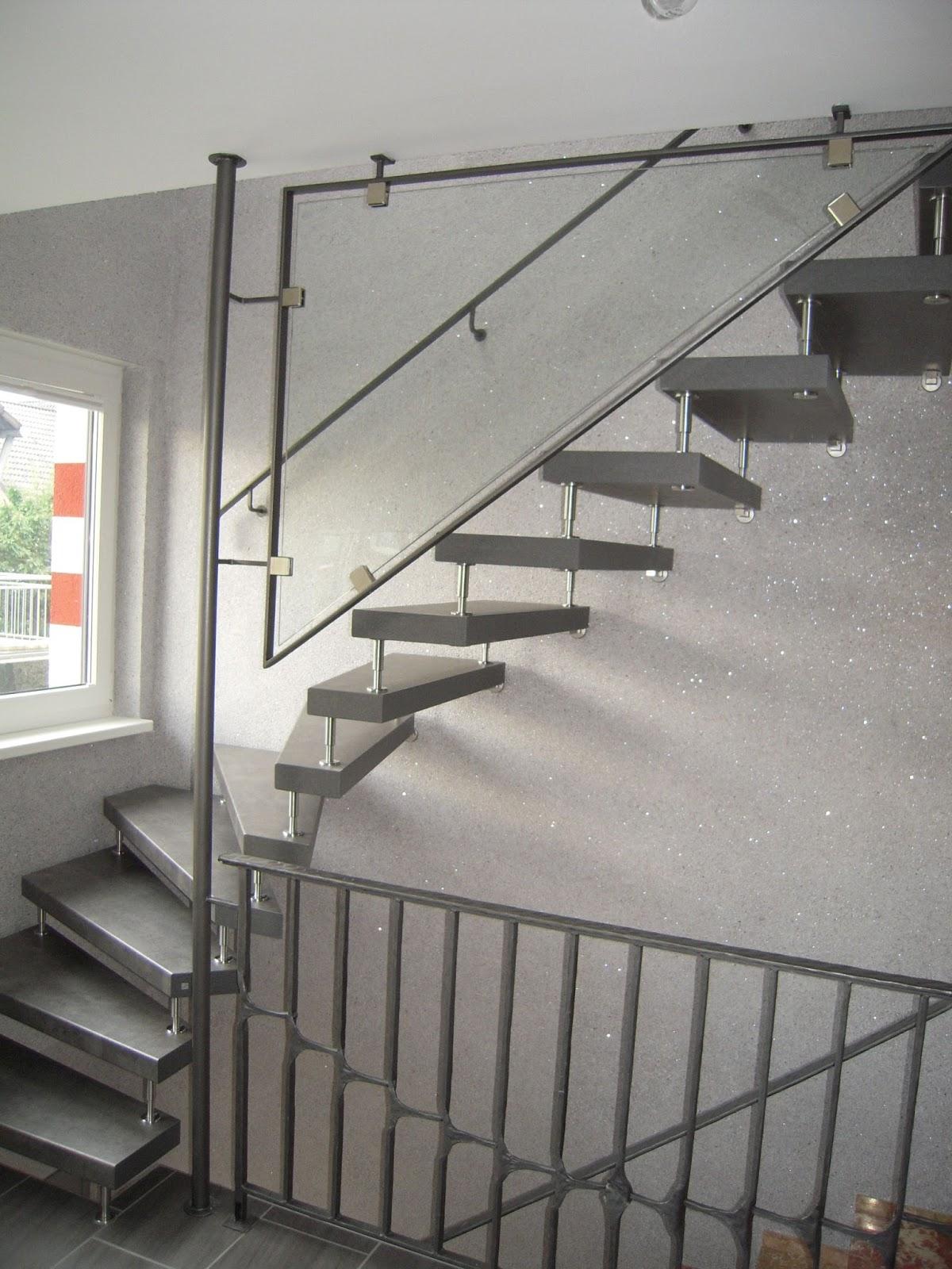 glasgel nder wendeltreppe fr bel metallbau. Black Bedroom Furniture Sets. Home Design Ideas
