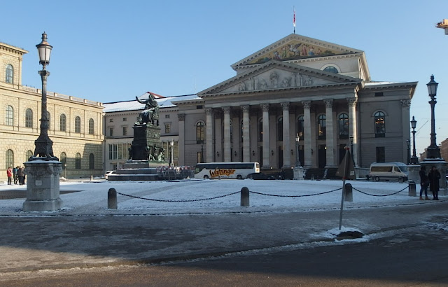 View of the Bayerisches Nationaltheater on Max-Joseph-Platz