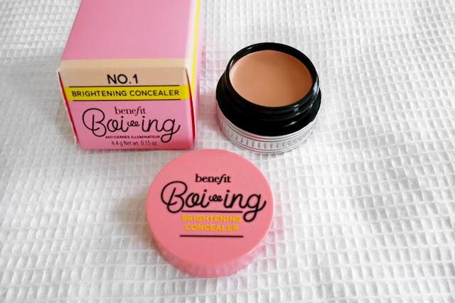 benefit boo-ing brightening concealer