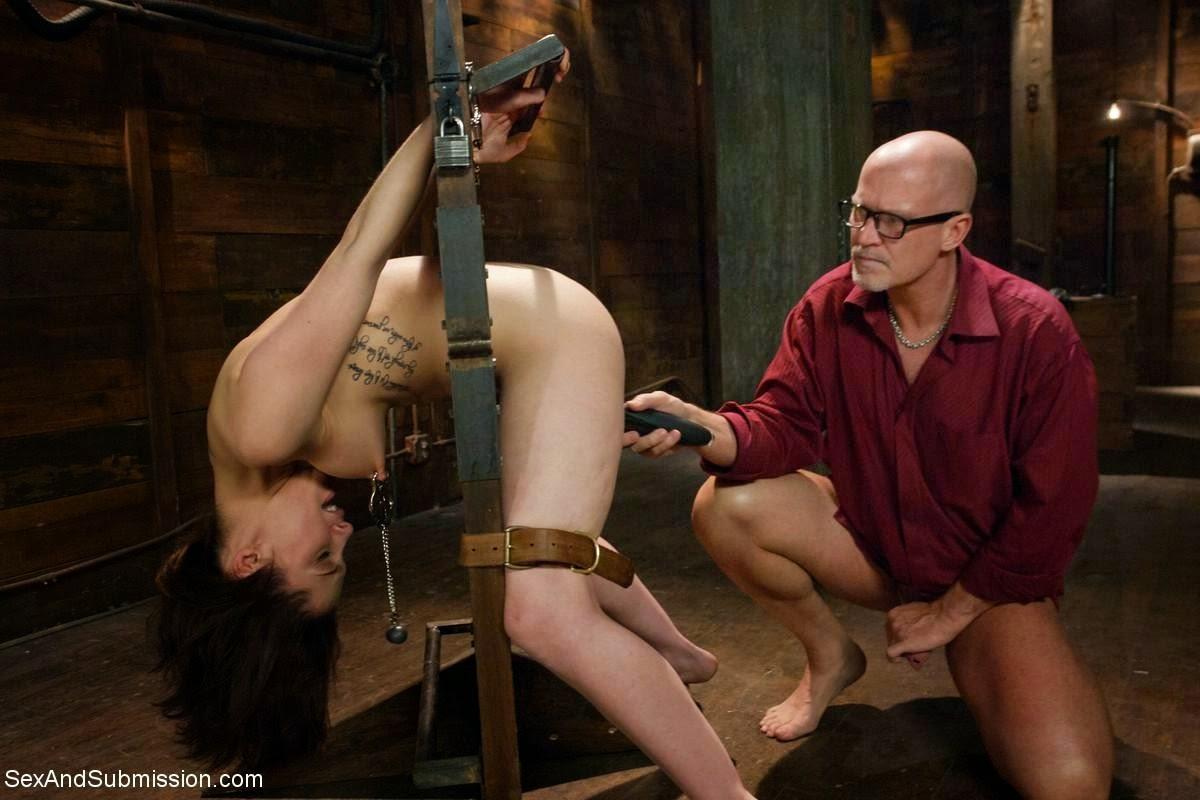 таких условиях смотреть фильмы с наказанием эротику голые попки раком