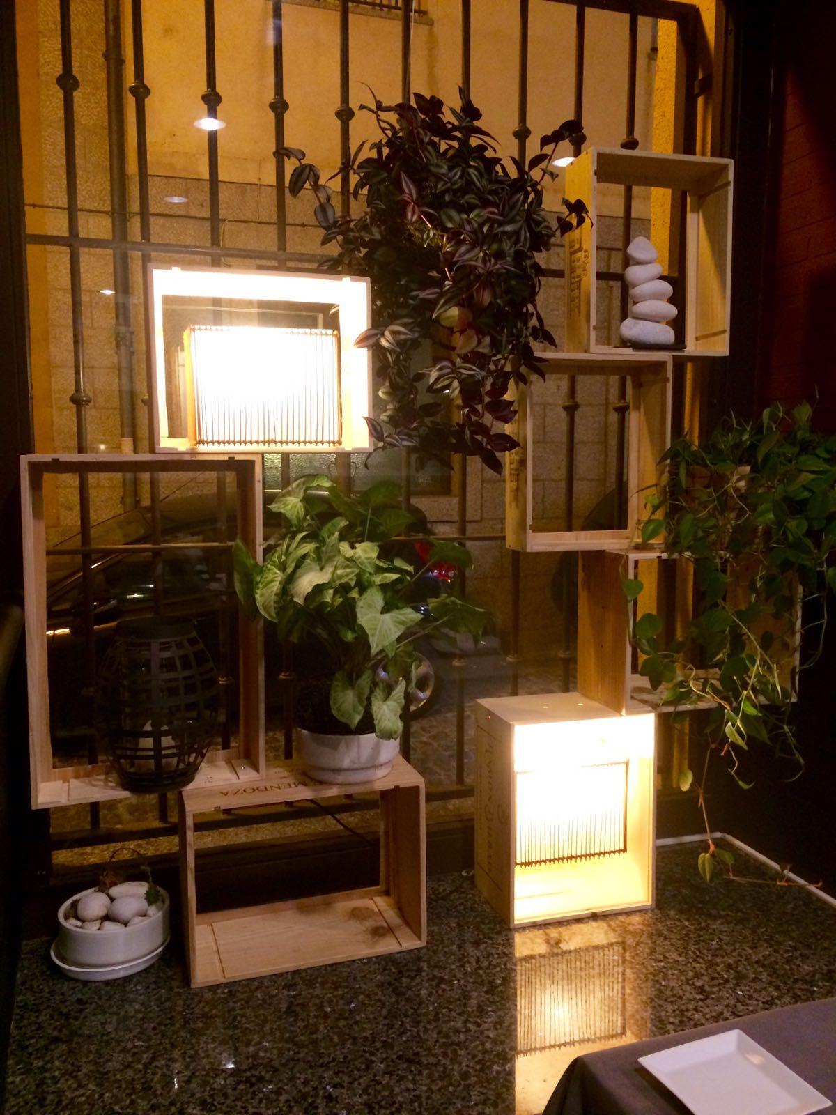 Restauracion y decoracion de madera cocodamas for Decoracion baules madera