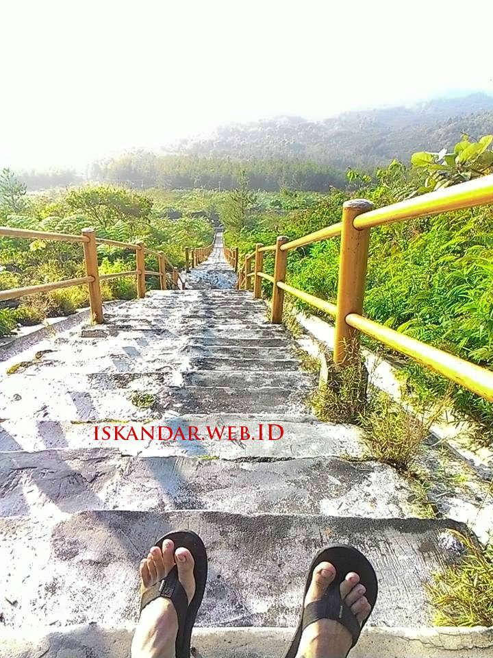 pemandangan wisata gunung galunggung