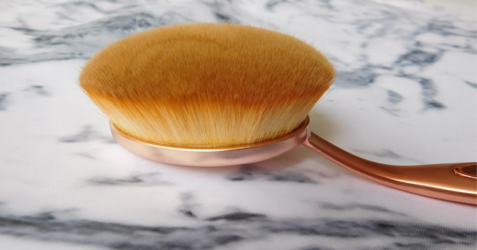 Makeup Revolution Precision Oval Brush Collection - Soft Bristles