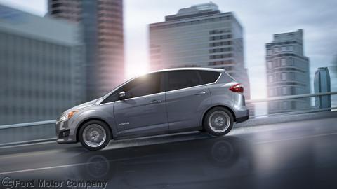 Ford C Max Energi Plug In Hybrid Phev Kicks The Prius And Volt To Curb