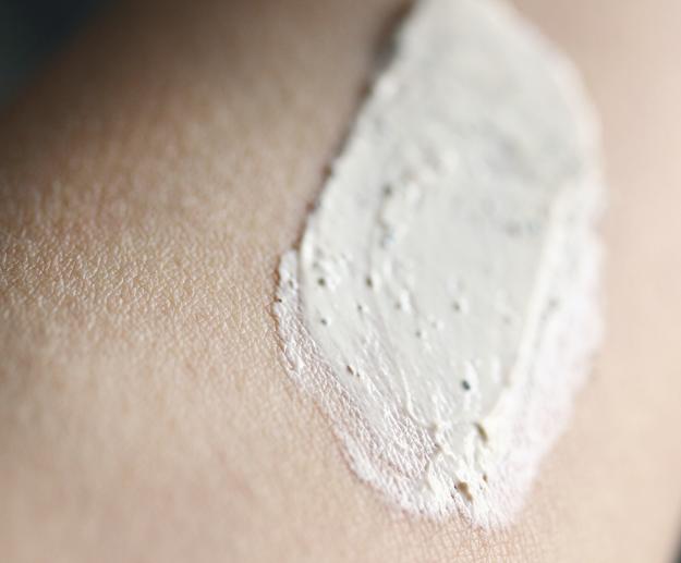 Valentia Review, Valentia Skin Detoxifying Clay Mask, Valentia Skincare
