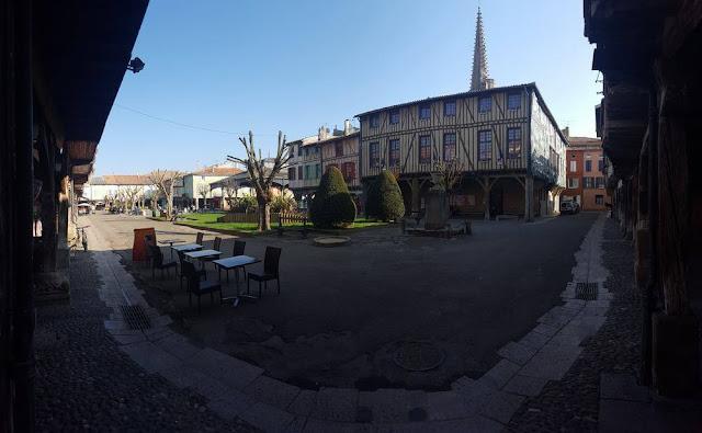 plaza de Mirepoix